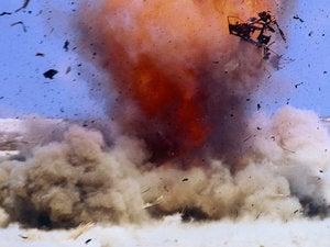 bomb explosion operation desert storm 71261176