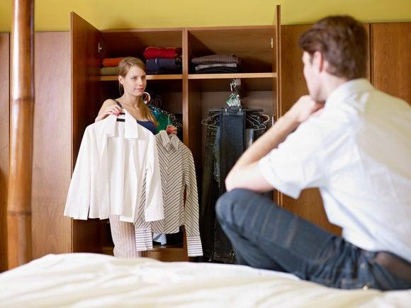 woman man choosing clothing app