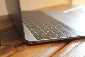 macbook keyboard 100578152 orig