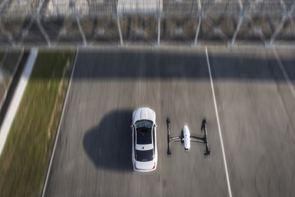 jaguar xj drone chase   zhuhai  china 5