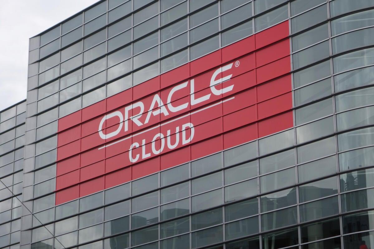 20151027 oracle cloud on building 100625234 orig